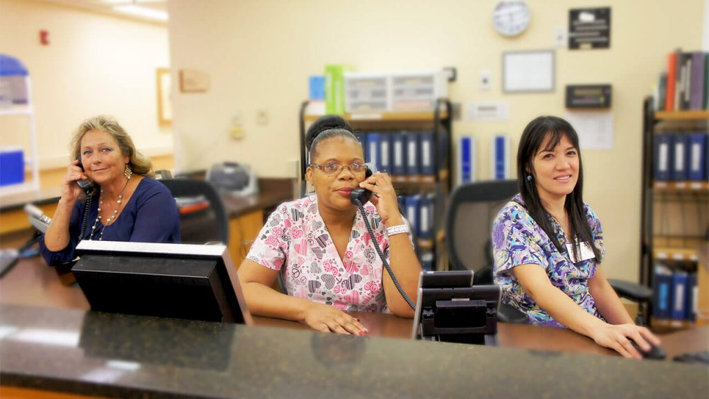 regents-park-jacksonville-nurses-station-03